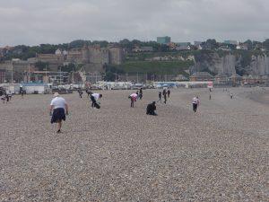 Grand ramassage de déchets sur la plage de Dieppe @ plage de Dieppe
